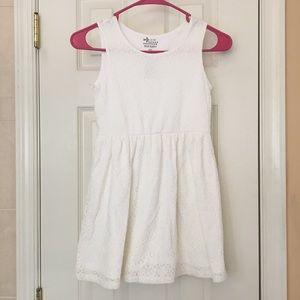 OLD NAVY -GIRL WHITE DRESS-SIZE 6-7